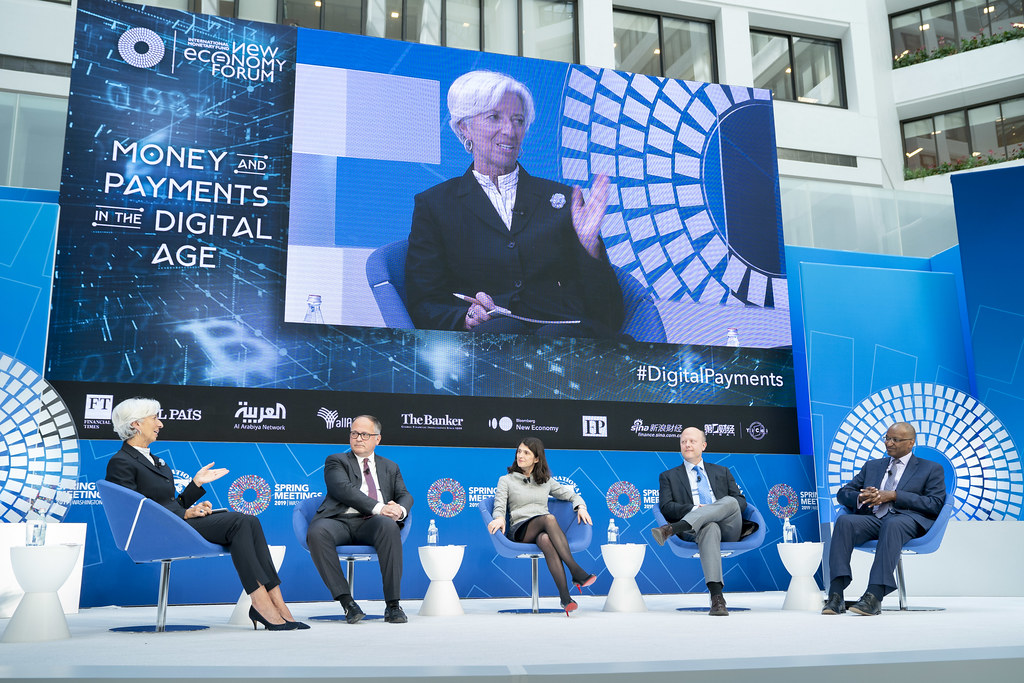 SM19 - Seminar - Money and Payments in the Digital Age