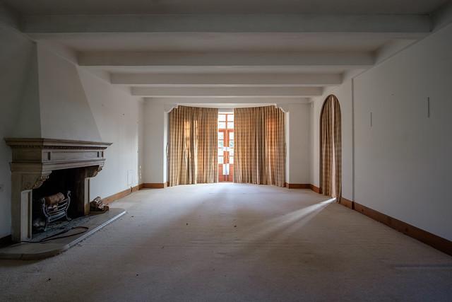 Seven Pines Manor