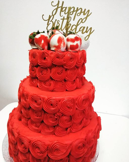Cake by Honie Bee's
