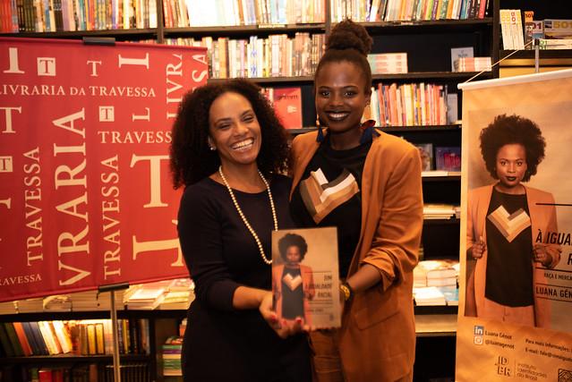 Lançamento RJ livro Sim à Igualdade Racial Luana Génot