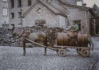 Delivering beer in Helsinki (ab. 1900)