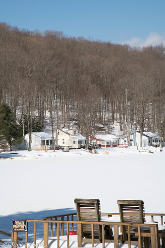 trees usa pa landscape vacations travel scenic pennsylvania sky vacation lake wayne houses cottages winter snow chairs dock cold preston