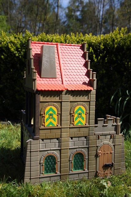 The Playmobil town hall (II)