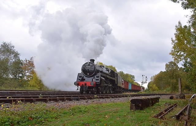 BR Standard 5 No.73156 approaches Swithland Sidings on the Vans. Autumn Steam Gala Great Central Railway. 06 10 2018
