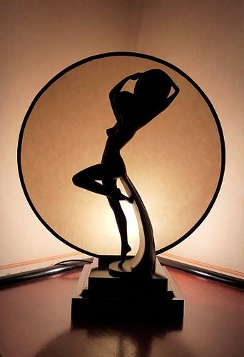 ecran-parchemin-cercle-sculpture-jade-création-annecy-haute savoie-410x600