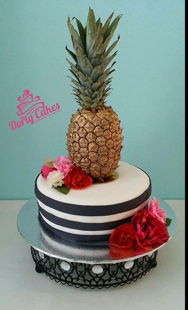 Cake by Dorly Cakes