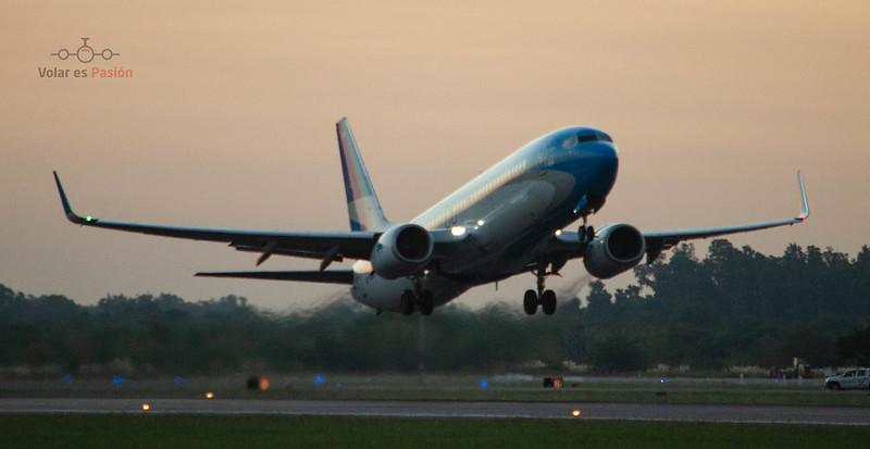 Aerolineas Argentinas - B737-800