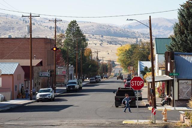 Fossil Oregon 1st Street