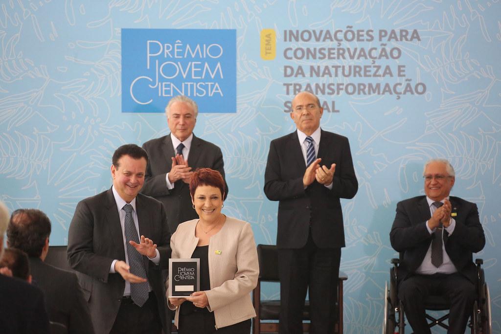 Ministro Gilberto Kassab participa de cerimônia de entrega do Prêmio Jovem Cientista. 05/12/2018. Brasília-DF. Fotos: Bruno Peres/MCTIC.