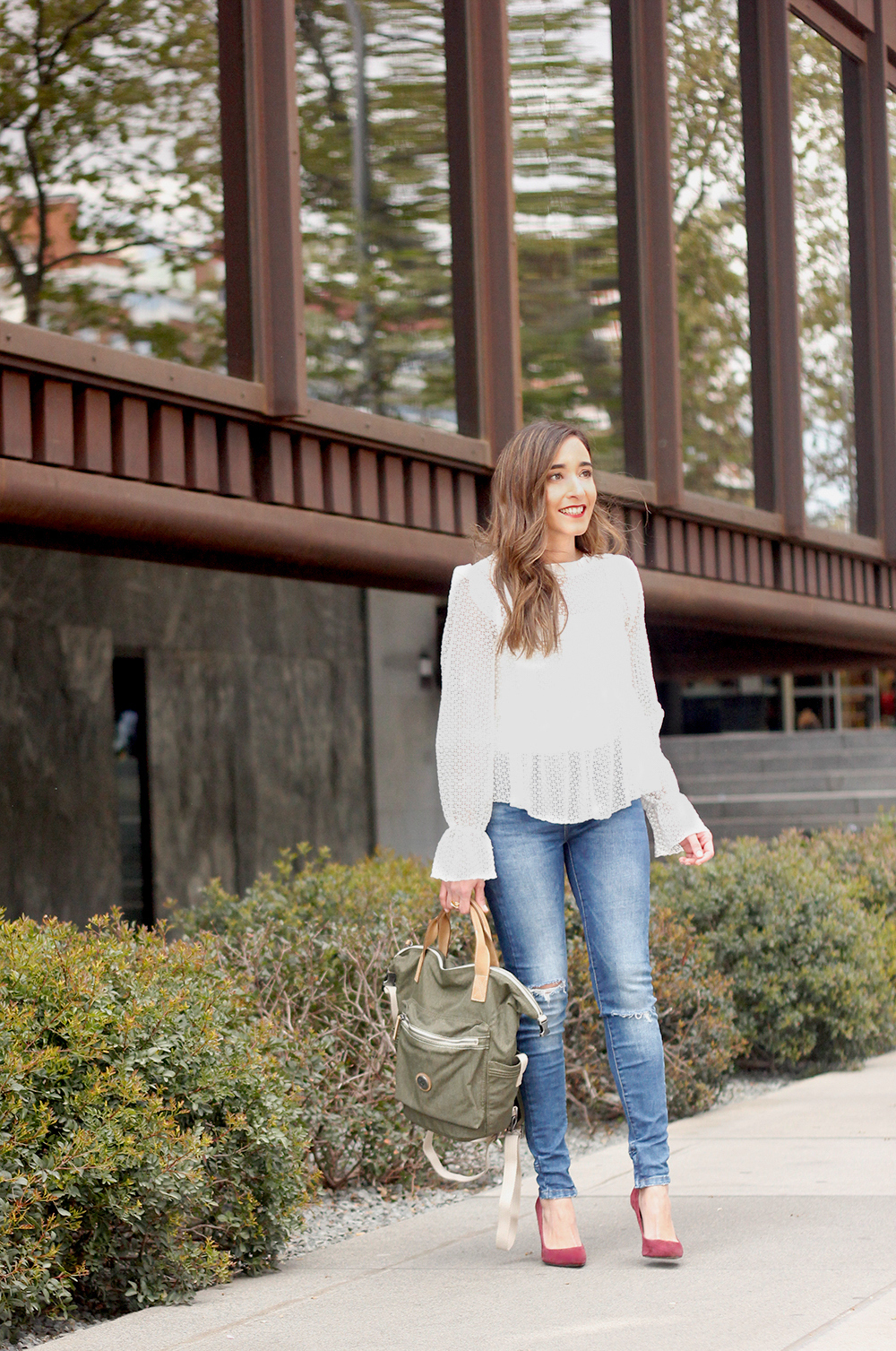 kipling backpack transformation collection khaki white lace blouse casual street style casual outfit 20193