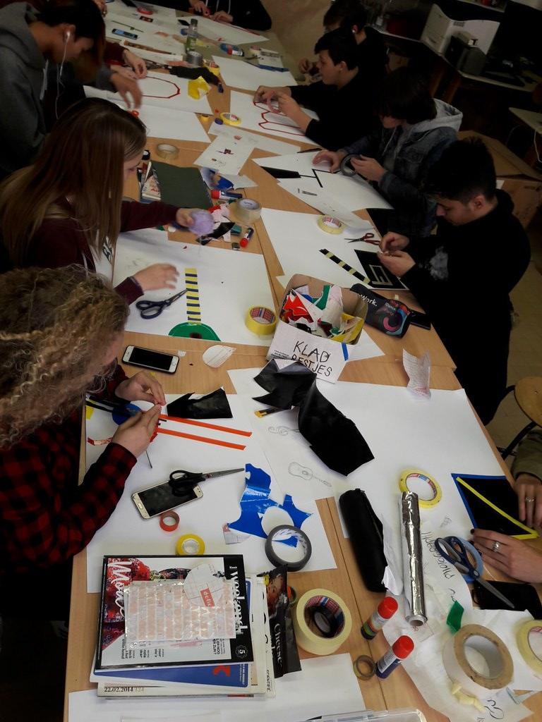 sessie 2 ateliersDKO schilderen met tape (6)