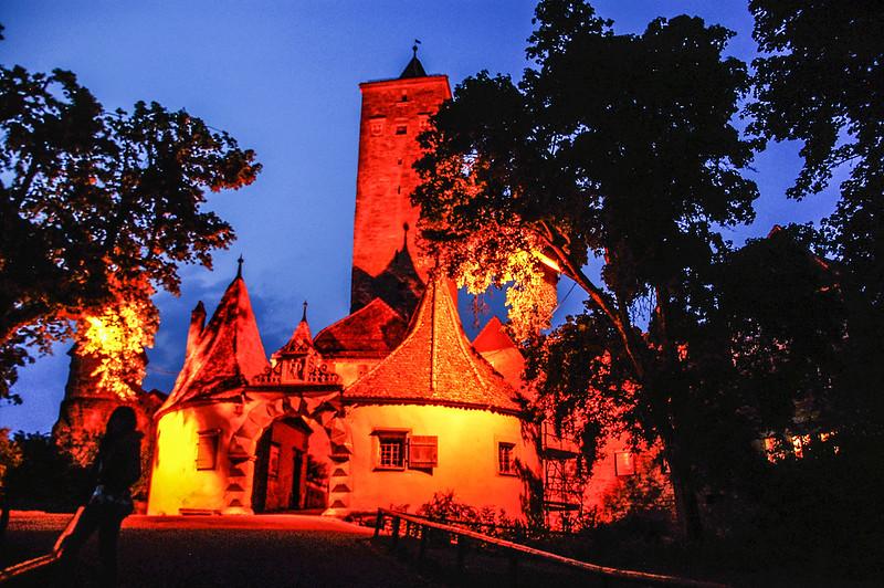 Castle Gate 147