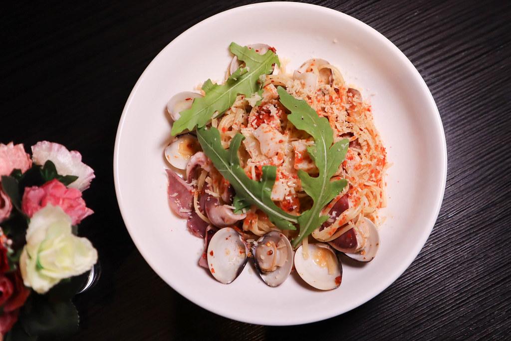 Elfin Restaurant & Lounge (41)
