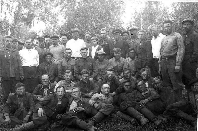 Механизаторы Сорокинской МТС, 1955 год.