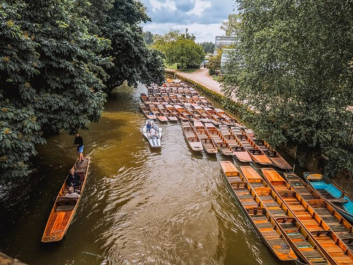 University towns Oxford and Cambridge. From Heading to the UK? Read This First.