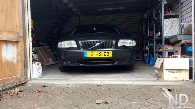 Volvo S80 2.4T Wrapping The Fog Lights