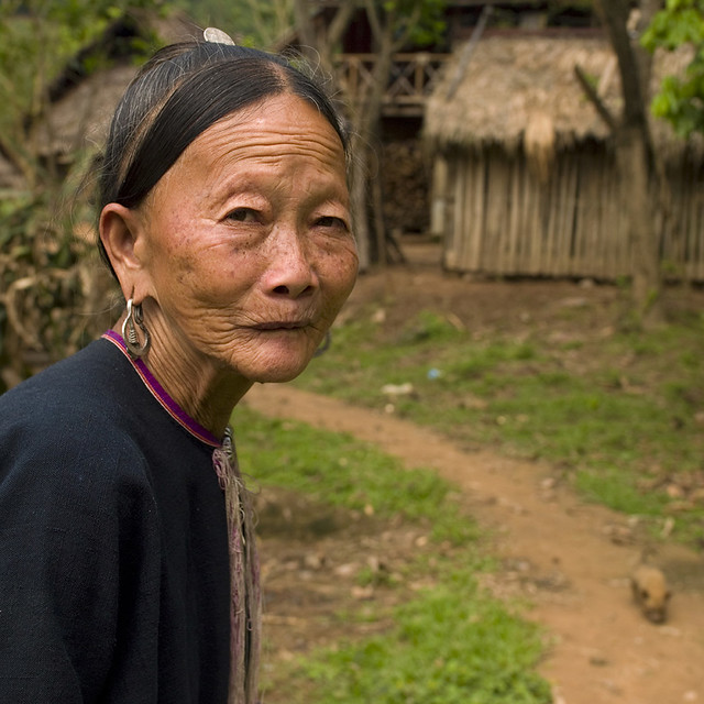 Lantaen minority old woman, Nam deng, Laos