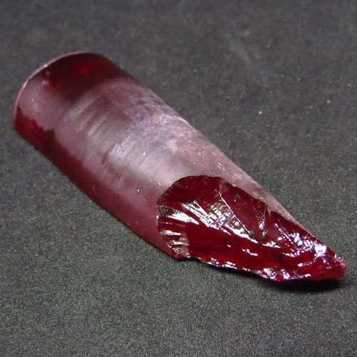 Details about 190.50 ct Pigeon Blood Red Ruby Swiss Lab Corandam Rough 47 x 22 mm