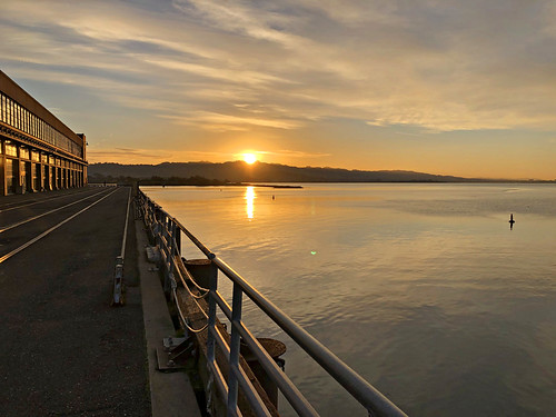 usa california sanfrancisco sanfranciscobay sunrise craneway cranewaypavillion oldfordplant richmond