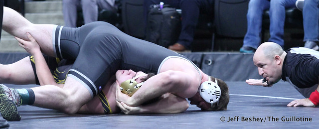 285A Semifinal - Craig Orlando (Bertha-Hewitt-Verndale-Parkers Prairie) 47-1 won by fall over Braden Willis (Mille Lacs Raiders) 33-6 (Fall 2:39). 190302AJF0921