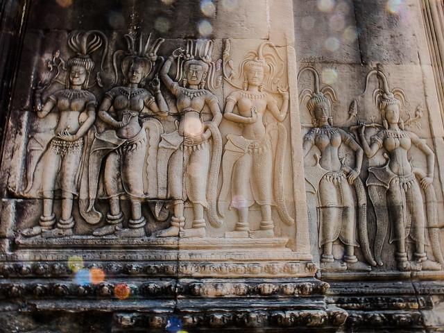Sunflare & Apsaras | Angkor wat,Cambodia | 2019.