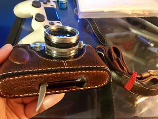 Leicatime Luigi leather case for my Leica IIIG + Leicavit combo. | by KEVIN is listening Begin......