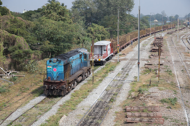 IR WDM-3A 14124 at Arrakonam Junction, Tamil Nadu