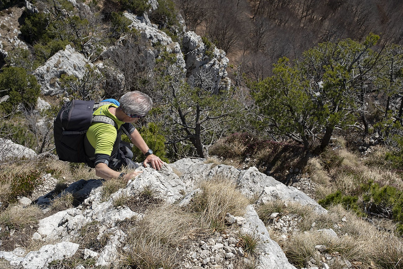 Facili passaggi di arrampicata sul Sasso Grande