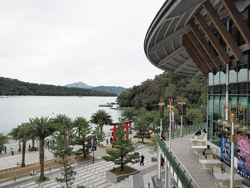 A view of the Sun Moon Lake (日月潭) from the main building | by huislaw