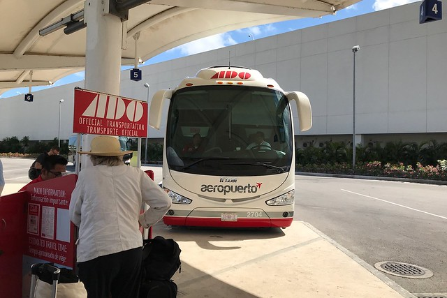 火, 2018-02-27 12:39 - 空港のADOバス停