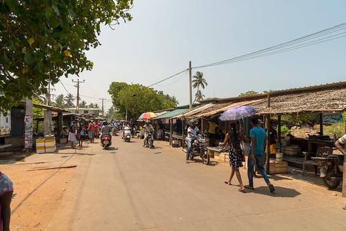 Straßenmarkt Wennapuwa | by seghal1