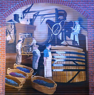 A mural on the north side of Sweet Cheeks Winery