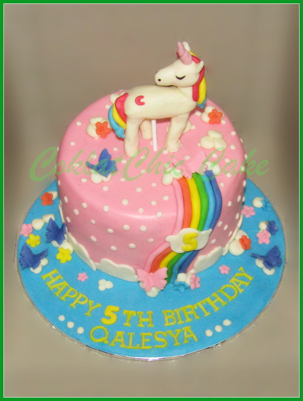 Cake Unicorn Qalesya 18 cm