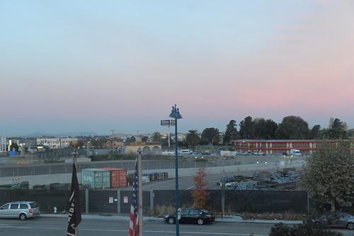sunrise holidayinnexpressoaklandairport oaklandca nikond610 nikkor50mmƒ14afd geotagged