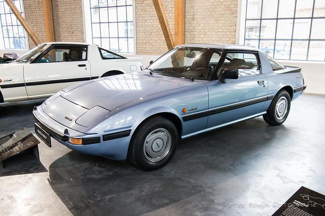 Mazda RX-7 - 1983