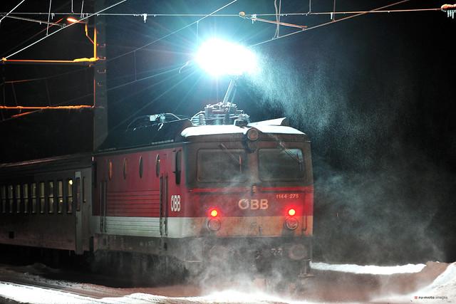 Railway Flash Local Train 3440 Winter (c) 2019 Берни Эггерян :: rumoto images 6704
