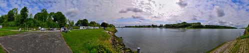 Am Nord-Ostsee-Kanal bei Sehestedt kommt die Seabourn Sojourn langsam näher | by Gelegenheitsknipser