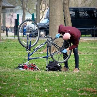 Bald Bike Fixer | by Mondmann