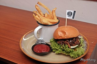 Baba Chews Bar And Eatery-Burger | by Hazeldiary