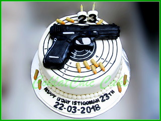 Cake Pistol Istiqomah 24 cm | by KevnCealMom