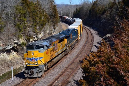 union pacific railroad up 9067 emd sd70ace locomotive train eureka missouri