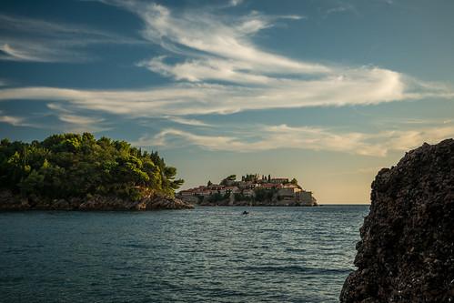 montenegro sveti stefan sea meer adria panasonic g81 sommer summer budva abendlicht sunset light