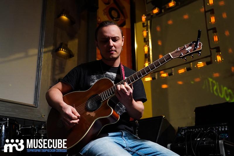 acoustic_boy_026