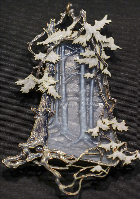 Winter Woodland pendant, France, Paris about 1899, by Rene Lalique