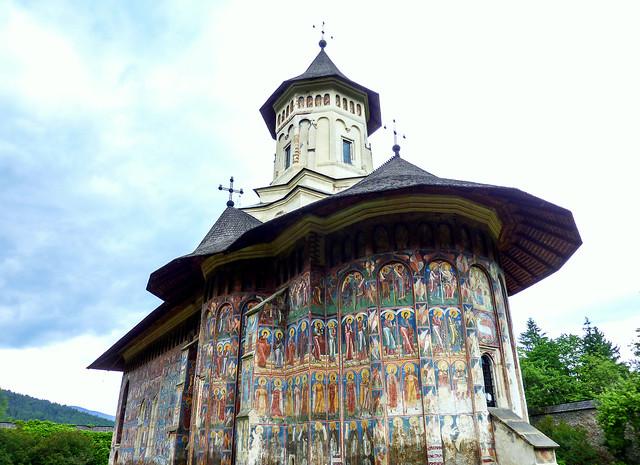 Happy Sunday ! / Church in the Bucovina, Romania (Unesco world heritage)