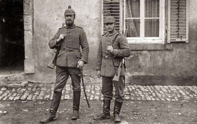 Deutsche Soldaten in Mörchingen (Morhange) in Lothringen, ca. Herbst 1914