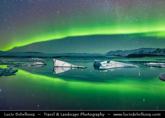 Iceland - Jökulsárlón Glacier Lagoon at Night with Northern lights