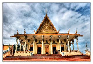 Phnom Penh K - The throne hall inside the Royal Palace complex 09 | by Daniel Mennerich