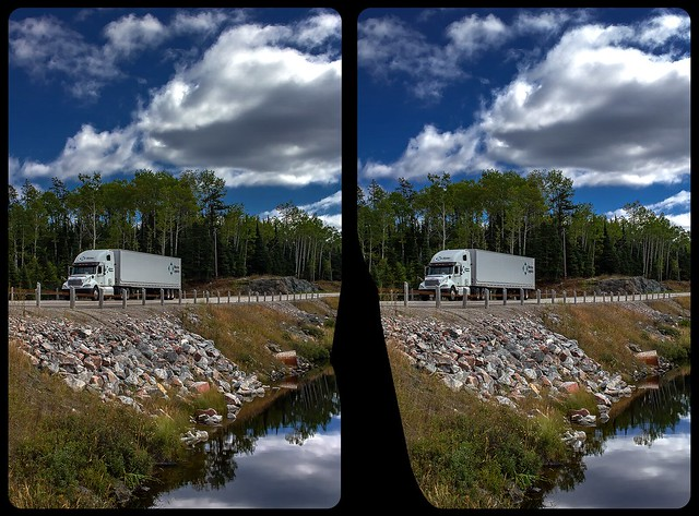 Trans Canada Highway near Georgian Bay 3-D / CrossView / Stereoscopy