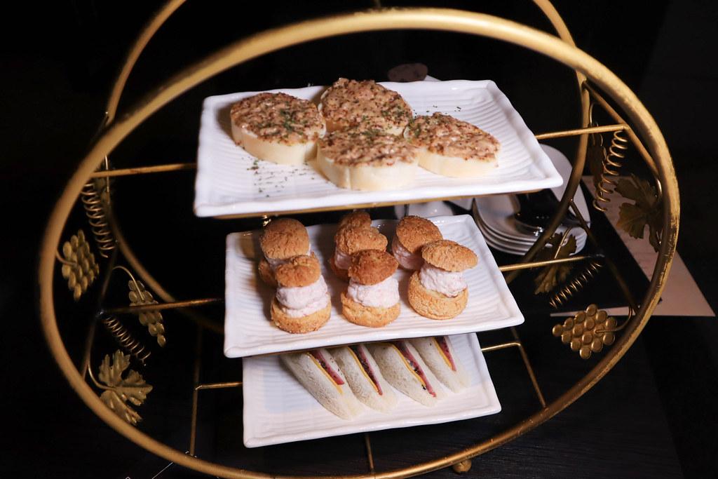 Elfin Restaurant & Lounge (18)